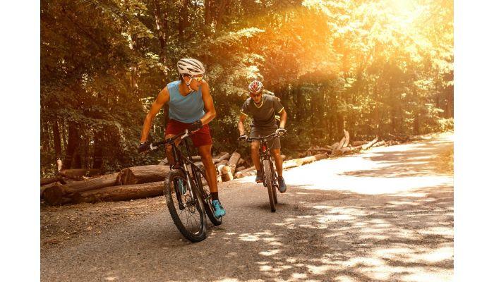 Rower crossowy a trekkingowy jakie są różnice na co zwrócić uwagę przy zakupie?